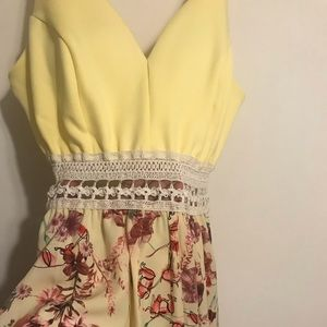 Dresses & Skirts - Spring flower dress